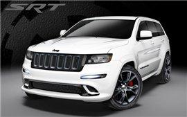 2013 Jeep Grand Cherokee SRT8 получил новые версии